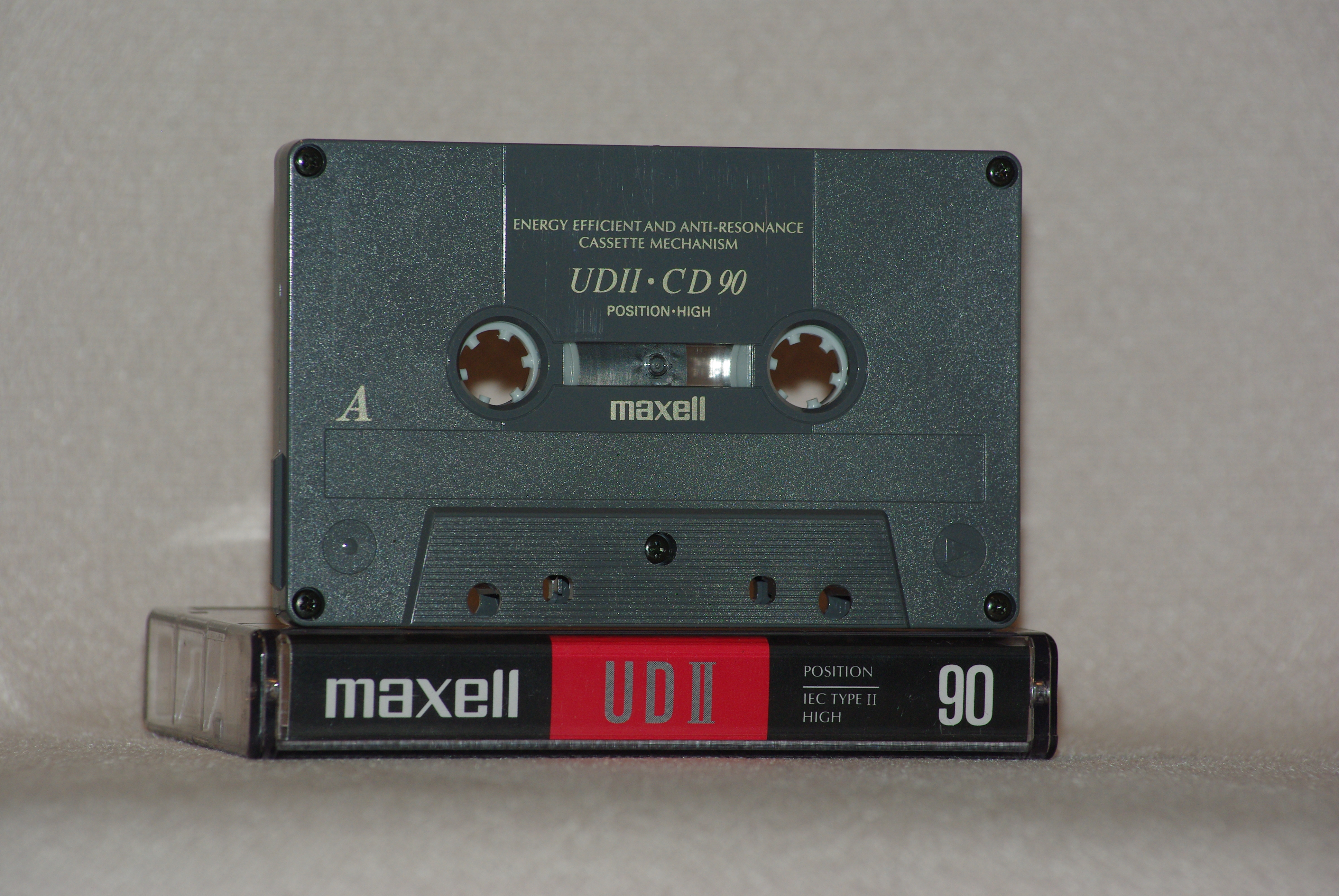Maxell_UDII-CD_Chrome_90.JPG